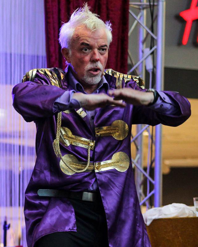 Clown Topolino Kleinkunstfestival Esens